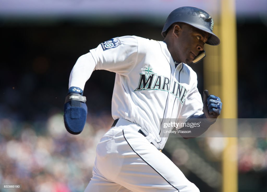 Guillermo Heredia #5 of the Seattle Mariners rounds third base to score on a single by Yonder Alonso in the fifth inning against the Baltimore Orioles at Safeco Field on August 16, 2017 in Seattle, Washington.