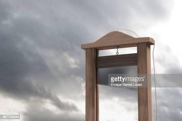 guillotine - guillotine photos et images de collection