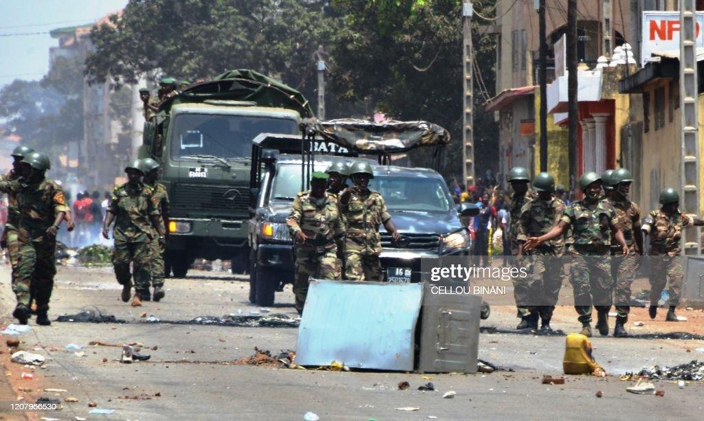 GUINEA-POLITICS-VOTE-REFERENDUM : News Photo