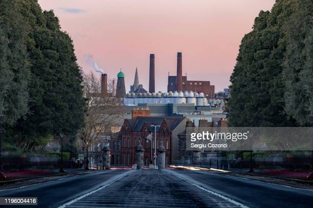 guinness brewery dublin - brewery stock pictures, royalty-free photos & images