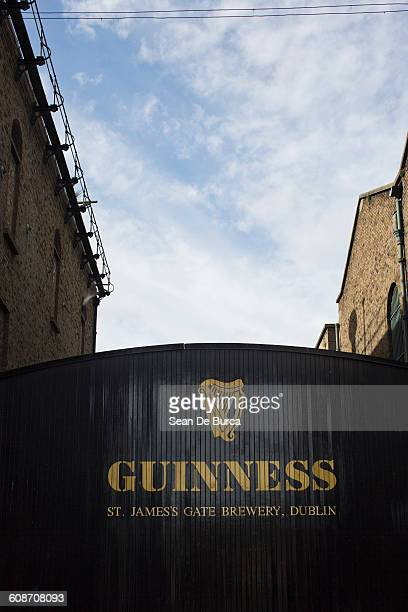 a guinness brewery entrance - guinness stock pictures, royalty-free photos & images