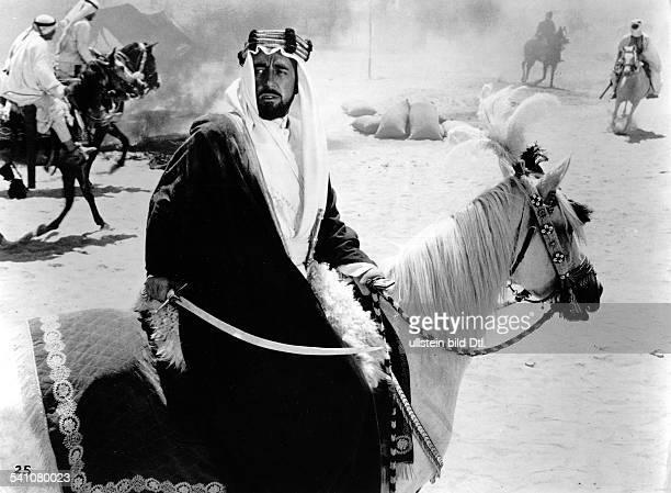 Guinness, Sir Alec *02.04..2000+Schauspieler, GB- Rollenportrait als 'Prinz Feisal' in dem Film 'Lawrence von Arabien' - 1962