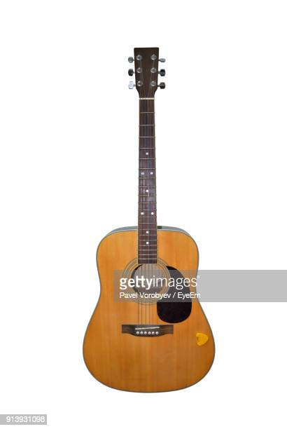 guitar against white background - gitarre stock-fotos und bilder
