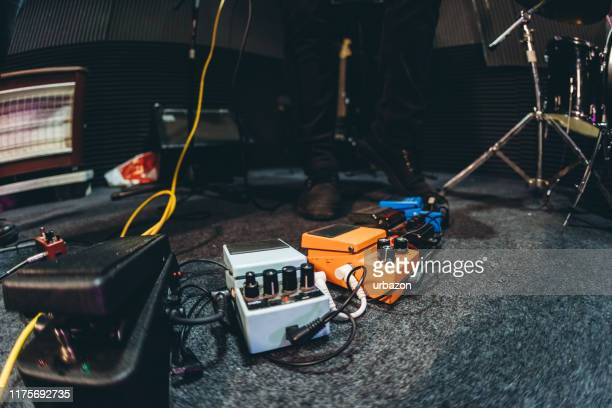 guitar effect pedals - musical equipment stock pictures, royalty-free photos & images