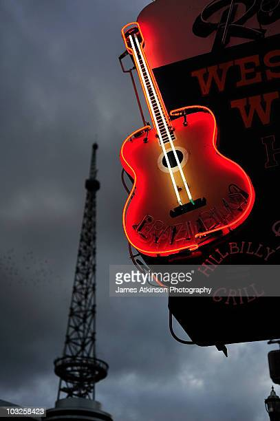 guitar with nashville - nashville stock pictures, royalty-free photos & images