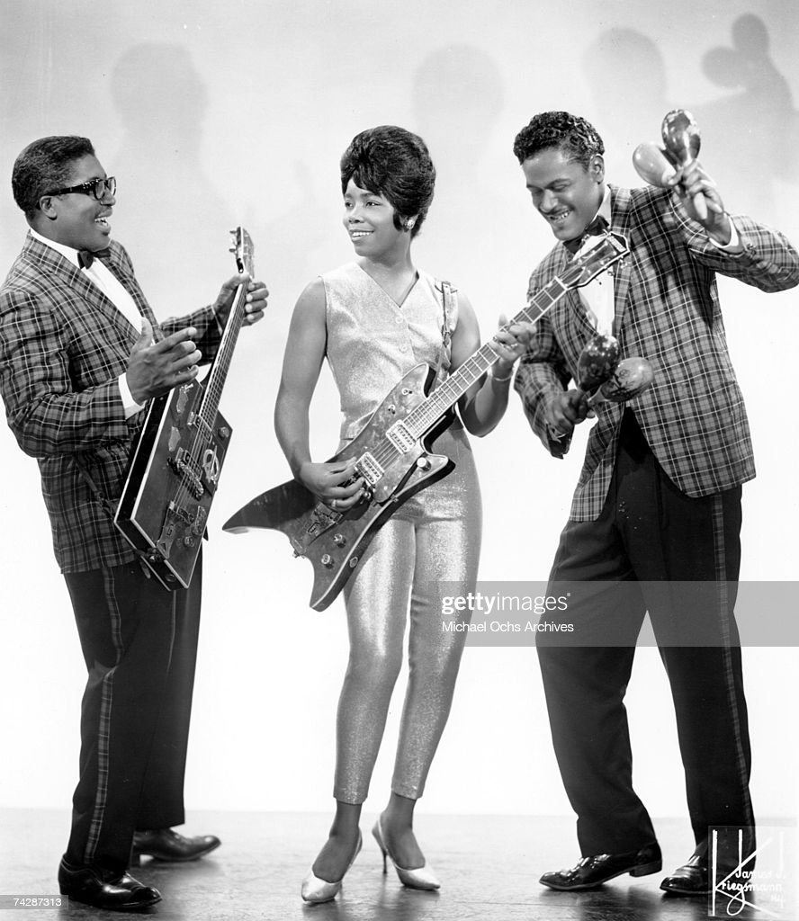 Bo Diddley With The Duchess & Jerome Green : News Photo