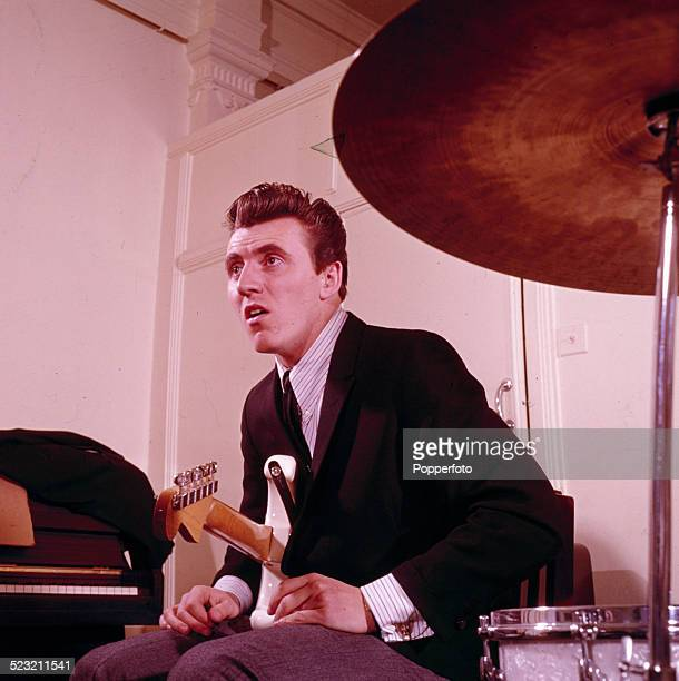 Bruce Welch: World's Best The Shadows Stock Pictures, Photos, And