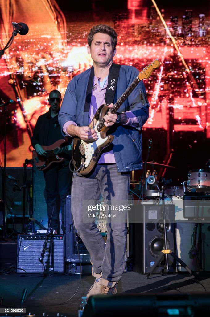 John Mayer 'The Search For Everything' World Tour - Mountain View, CA : News Photo