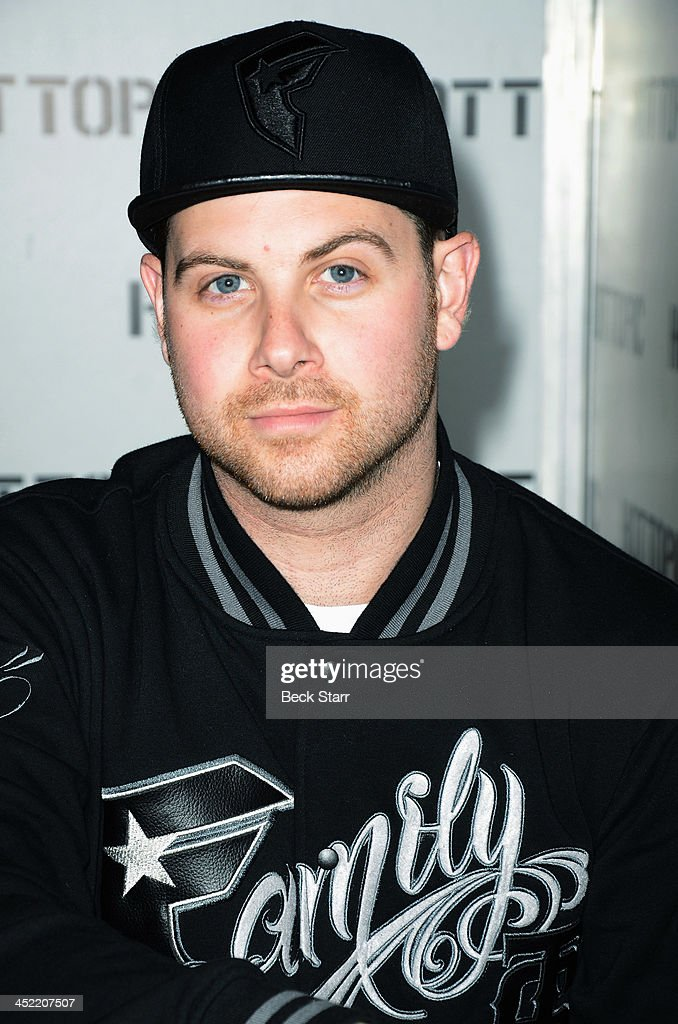 A day to remember meet and greet with fans photos and images getty guitarist kevin skaff of a day to remember attend a meet and greet at hot topic m4hsunfo