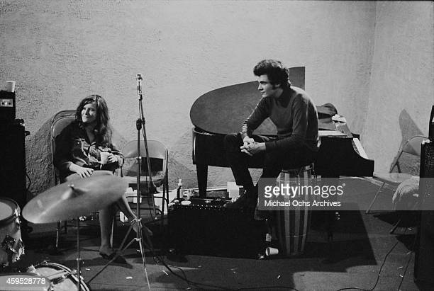 Guitarist Mike Bloomfield rehearses with Janis joplin and her new backing band the Kozmic Blues Band at the Stax Records sutio on December 20 1968 in...