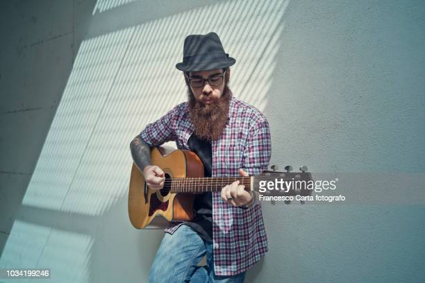 guitarist - busker stock pictures, royalty-free photos & images