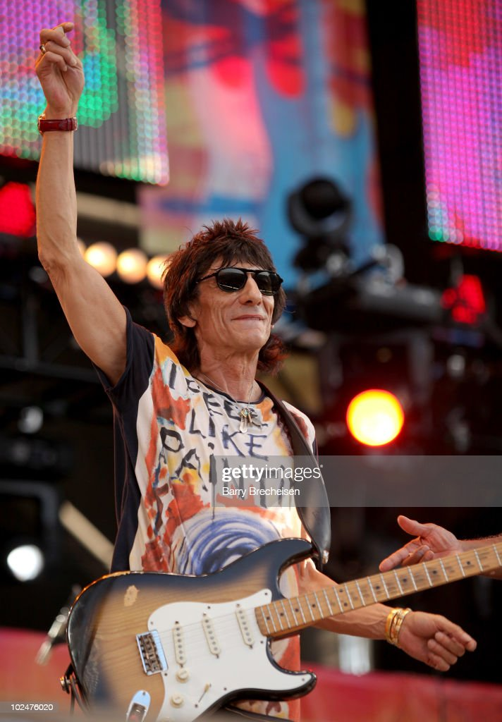 Eric Clapton's Crossroads Guitar Festival 2010 - Show : News Photo