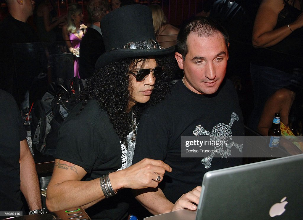 Guitarist Slash attends a Velvet Revolver after party at JET Nightclub at The Mirage Hotel and Casino on September 21, 2007 in Las Vegas, Nevada.