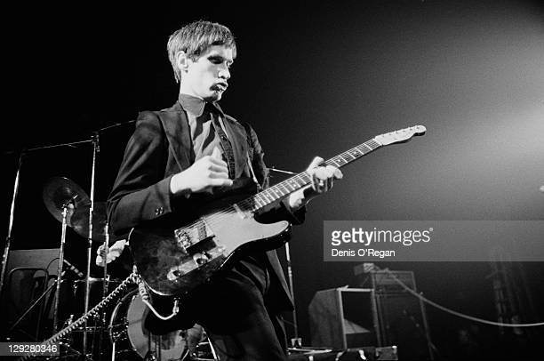 Guitarist Wilko Johnson performing at the Roundhouse with English rock group Dr Feelgood, London, 1978.