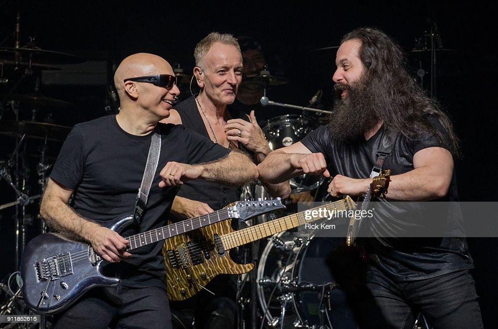 John Petrucci Photos Photos - G3 Concert Tour at Brooklyn Bowl Las ...