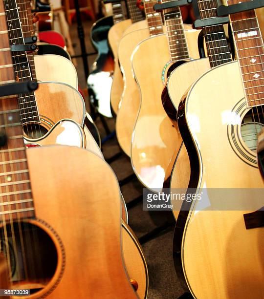 guitarras - grupo mediano de animales - fotografias e filmes do acervo