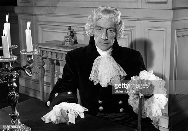 Guitry Sacha *21021885Schauspieler Regisseur Autor Frankreich als 'Talleyrand' in seinem Film 'Napoleon' 1954