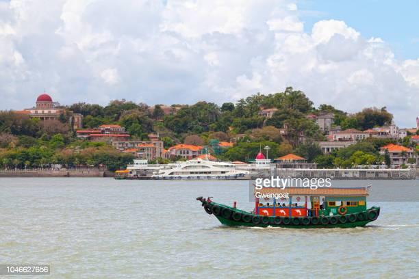 l'île de gulangyu en chine - gwengoat photos et images de collection