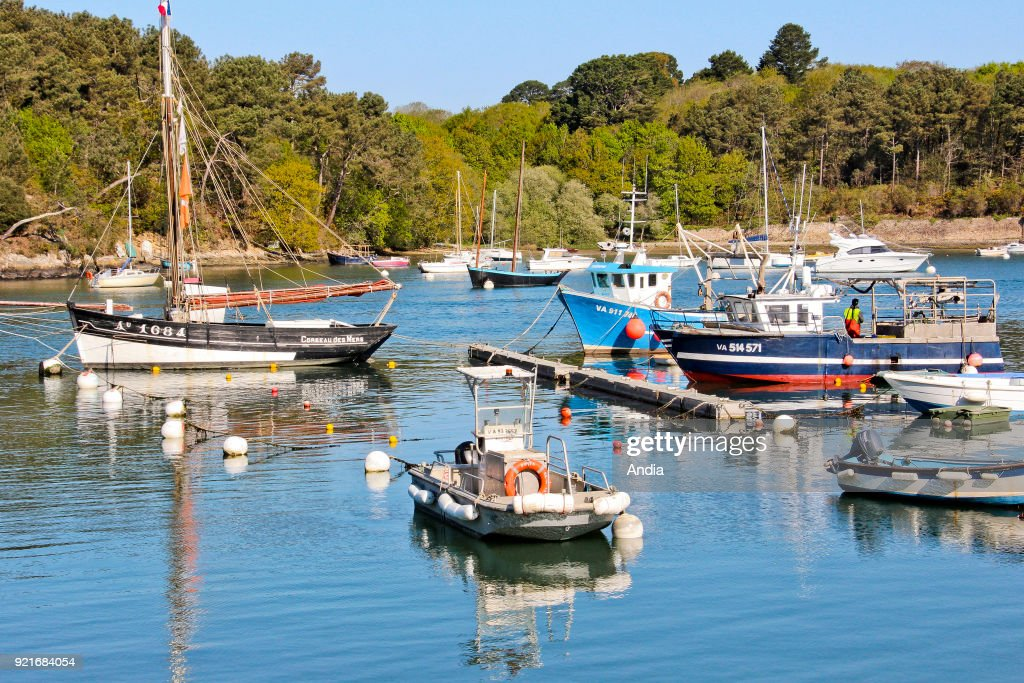 Gulf of Morbihan (Brittany, north-western France): Port-Anna, fishing port in Sene.