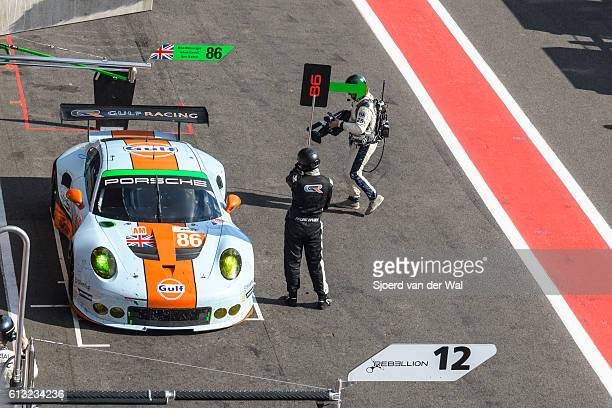 Gulf Racing Porsche 911 pit stop