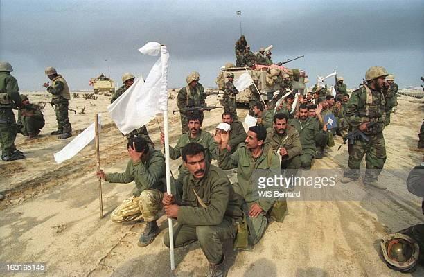 Gulf War Operation Desert Storm Guerre du Golfe l'offensive terrestre contre l'Irak a débuté le 24 février 1991 Des soldats irakiens avec des...