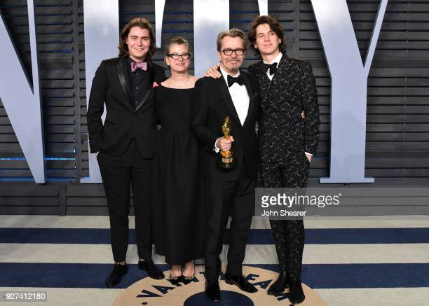 Gulliver Oldman Gisele Schmidt actor Gary Oldman and Charlie Oldman attend the 2018 Vanity Fair Oscar Party hosted by Radhika Jones at Wallis...