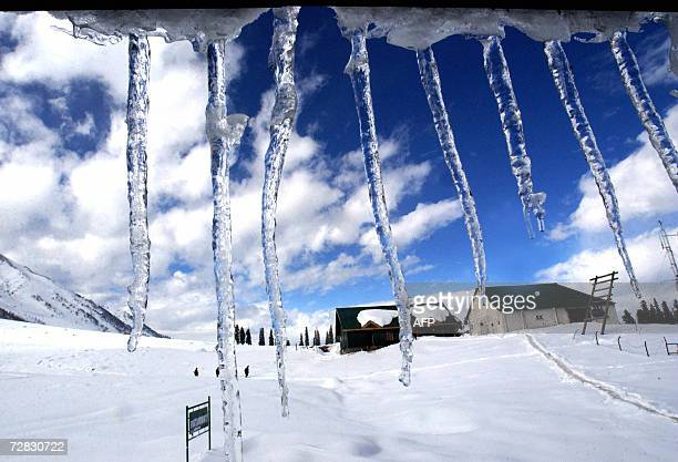 Icicles hang from the roof of a chalet at a ski resort in Gulmarg some 52 Kms west of Srinagar 15 December 2006 at the start of the of 200607 All...