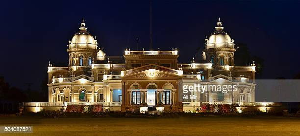 CONTENT] Gulzar Palace is one of the finest and magnificent Palaces built by Nawab Sadiq of Bahawalpur for his wife The Palace is a classic piece of...