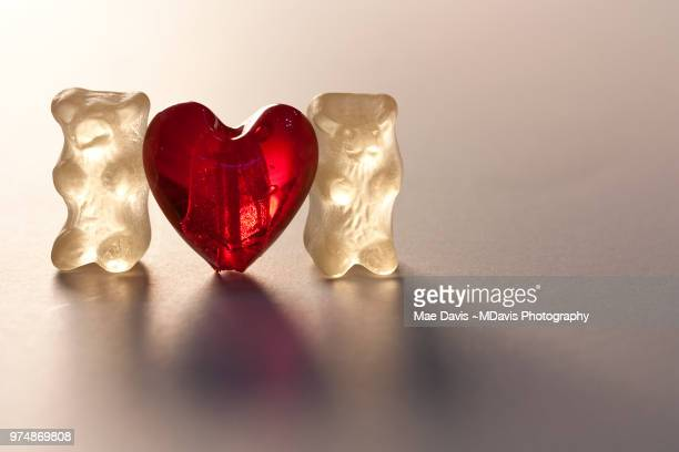 gummi love - candy davis stock pictures, royalty-free photos & images