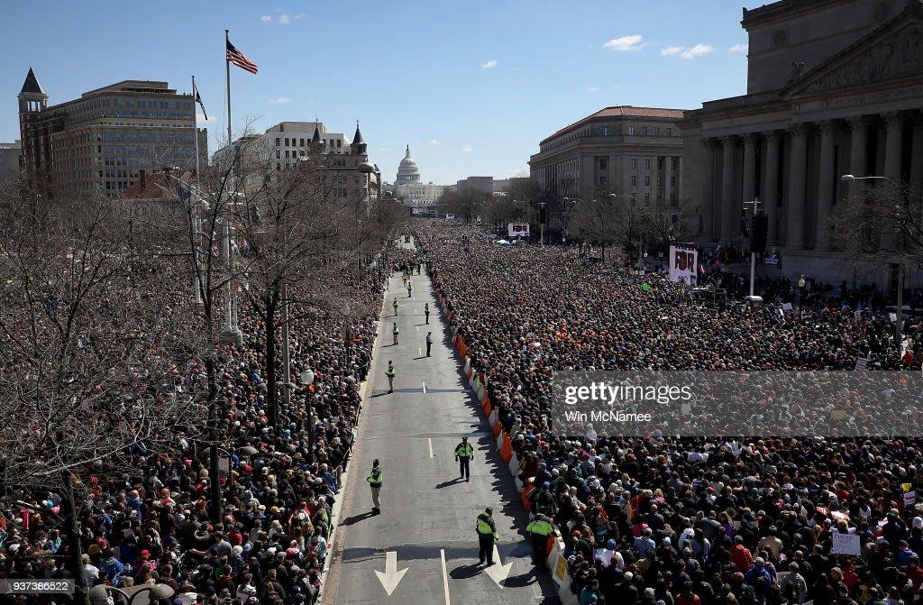 Hundreds Of Thousands Attend March For Our Lives In Washington DC : Fotografía de noticias