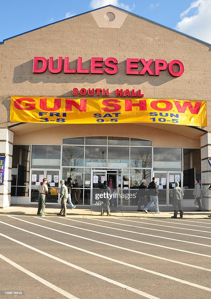 Gun show goers enter the Dulles Expo Center December 30, 2012 at the Nation's Gun Show in Chantilly, Virginia. Since the Connecticut school shootings, gun sales, particularly assault-style weapons have gone up sharply. AFP PHOTO/Guillaume MEYER