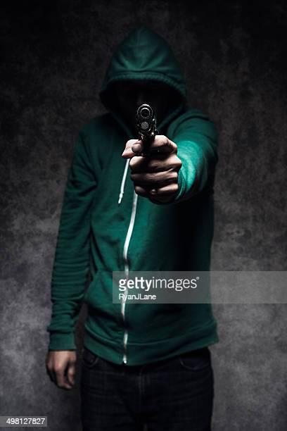 Pistola de la violencia estudiante tiro