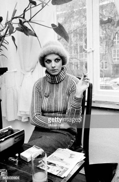Gundlach Alida Television Presenter Germany with cigarette in her house in Hanover Germany