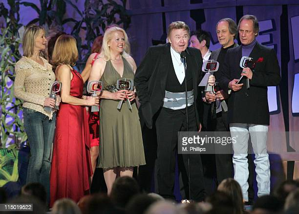 Gunilla Hutton Barbi Benton Linda Thompson Misty Rowe guest Jon Hager and Jim Hager winners Entertiners Award for Hee Haw
