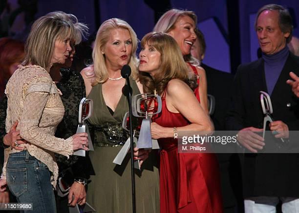 "Gunilla Hutton, Marianne Gordon Rogers, Misty Rowe, Linda Thompson, Barbi Benton, Roy Clark and Jon Hager, winners Entertainers Award for ""Hee Haw"""