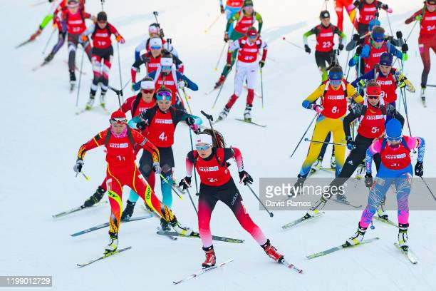 Gunn Kristi Stensaker Tvinnereim of Norway leads the pack into the first corner during the Single Mixed Relay in Biathlon during day 3 of the...