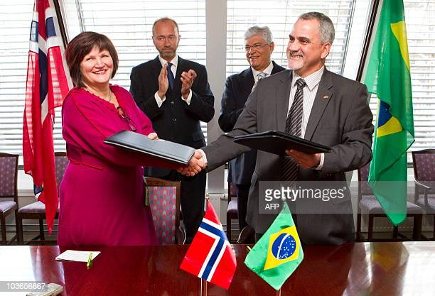 Gunn Ovesen CEO of Innovation Norway and Carlos Tadeu de Costa Fraga CEO of Petrobras in Brazil signed a cooperation agreement between their...