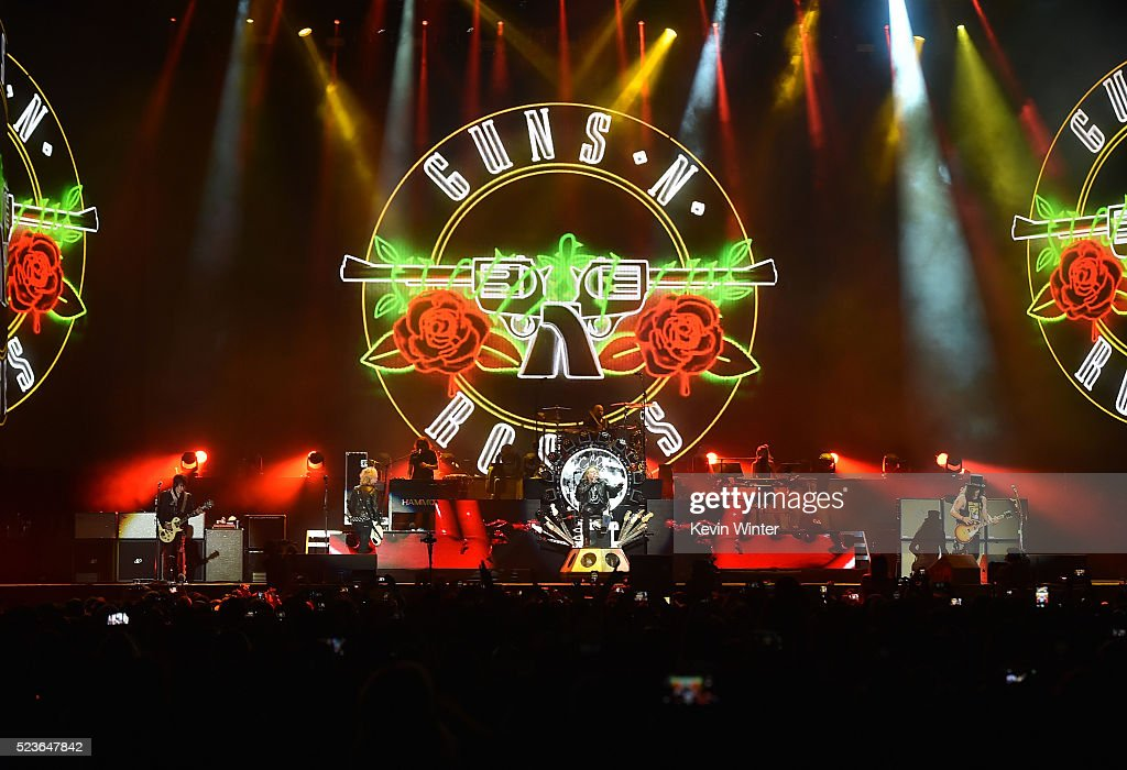 2016 Coachella Valley Music And Arts Festival - Weekend 2 - Day 2 : News Photo