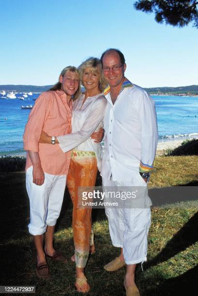 Gunter Sachs wife Mirja with her sons Christian Gunnar and Claus Alexander in Sankt Tropez France 2004