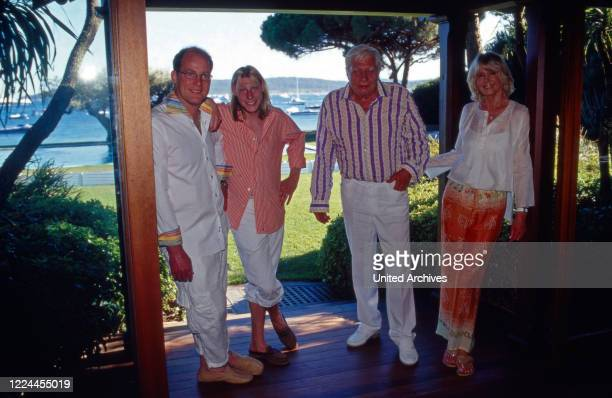 Gunter Sachs with his wife Mirja and the sons Christian Gunnar and Claus Alexander at Sankt Tropez France 2000s