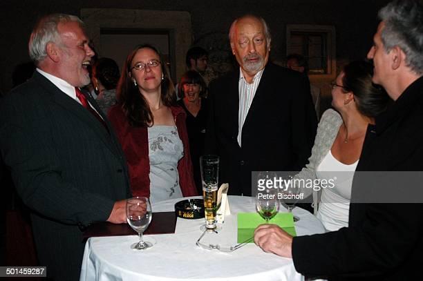 Gunther Emmerlich AdoptivTochter Karoline Emmerlich Karl Dall Barbara Ferun Freund Ilja Richter Feier zum 60 Geburtstag von G u n t h e r E m m e r l...