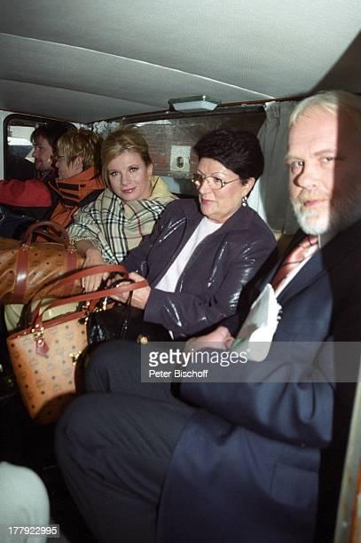 """Gunther Emmerlich , Deborah Sasson , Mutter von Dieter Tings, Landgang, ARD-Show """"Zauberhafte Heimat"""", M i t t e l m e e r - K r e u z f a h r t mit..."""