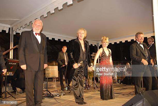 Gunther Emmerlich, Johnny Logan, Deborah Sasson, Moderator Michael Schanze , 2. Benefiz-Konzert zugunsten des parkinsonkranken Ex-Star-Tenor P E T E...
