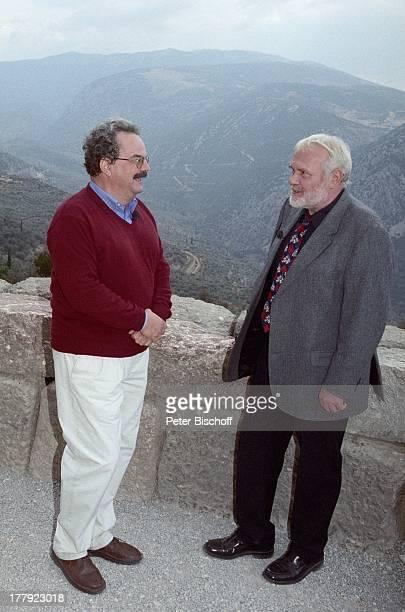 "Gunther Emmerlich , Professor Dr. Wolf-Dietrich Niemeier , Landgang, ARD-Show ""Zauberhafte Heimat"", Delphi, Griechenland, Europa, M i t t e l m e e r..."
