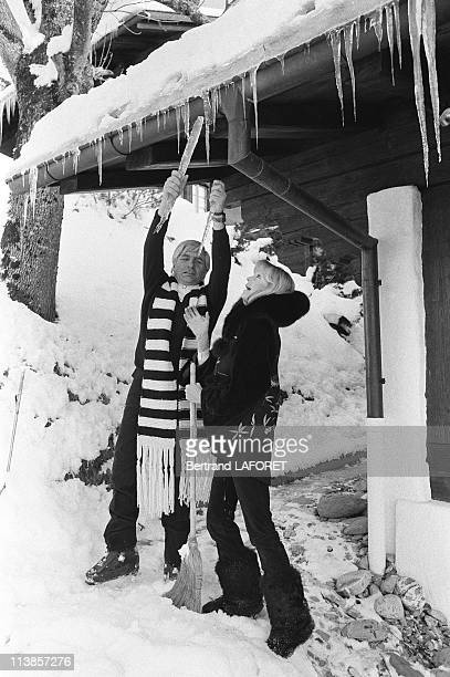Gunther Sachs and his wife Mirja on winter holidays in Gstaad in 1979