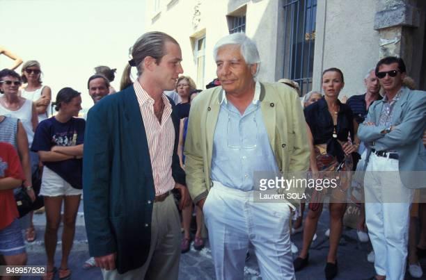 Gunther Sachs et son fils Christian au mariage de Mona et Gregory Arnold le 7 août 1993 à SaintTropez France