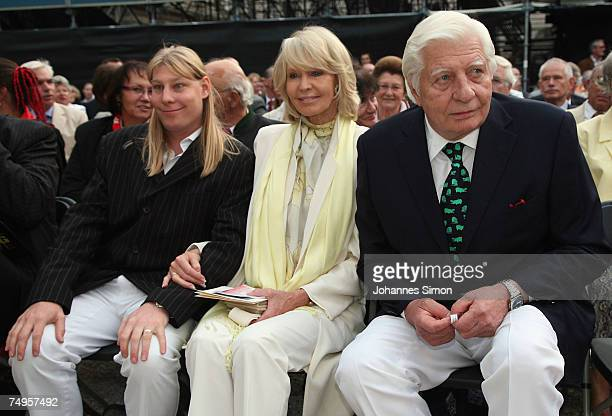 Gunther Sachs his wife Mirja and son Halifax attend the operetta Weisses Roessl at the Thurn und Taxis castle festival on June 29 in Regensburg...