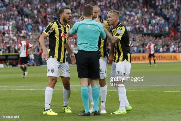 Guram Kashia of Vitesse referee Danny Makkelie Tim Matavz of Vitesse Alexander Buttner of Vitesse during the Johan Cruijff Shield match between...