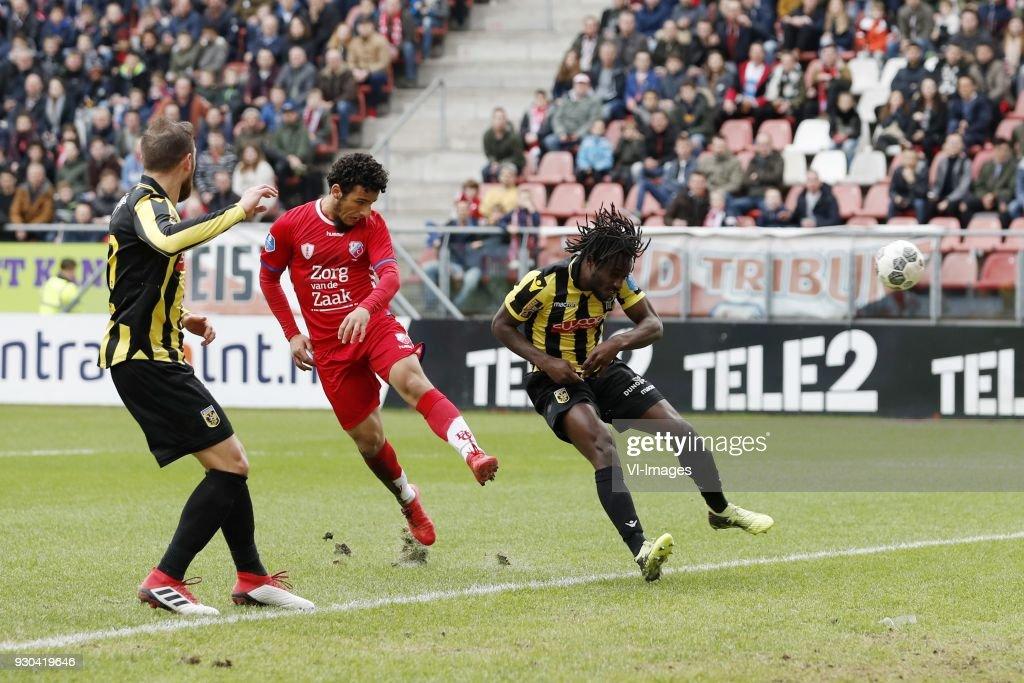 Guram Kashia of Vitesse, Yassin Ayoub of FC Utrecht, Fankaty Dabo of Vitesse during the Dutch Eredivisie match between FC Utrecht and Vitesse Arnhem at the Galgenwaard Stadium on March 11, 2018 in Utrecht, The Netherlands