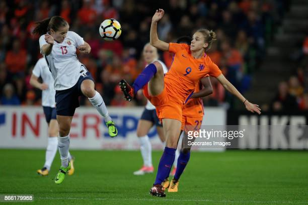 Guro Reiten of Norway Women Vivianne Miedema of Holland Women during the World Cup Qualifier Women match between Holland v Norway at the Noordlease...